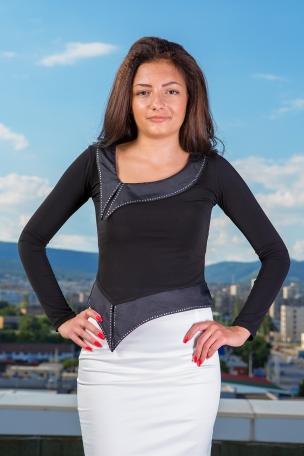 Дамски туники и блузи с дълъг ръкав