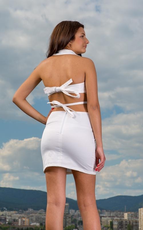 Бяла къса рокля с гол гръб - Саманта