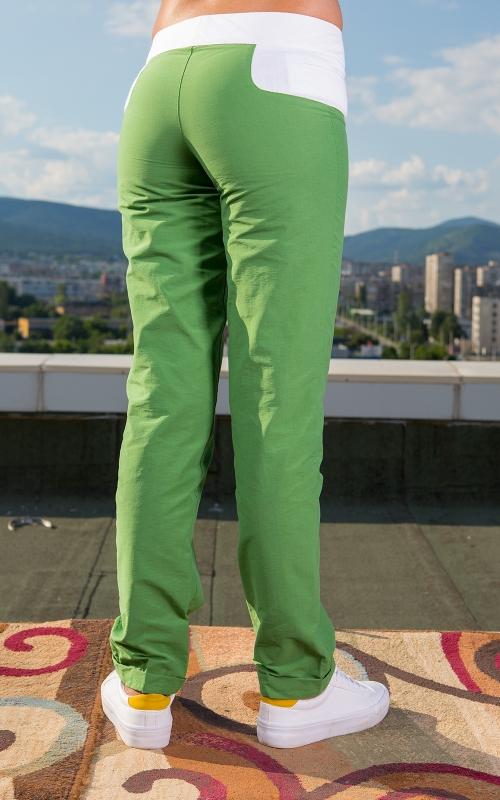 Дамски дълъг  панталон в зелено и бяло
