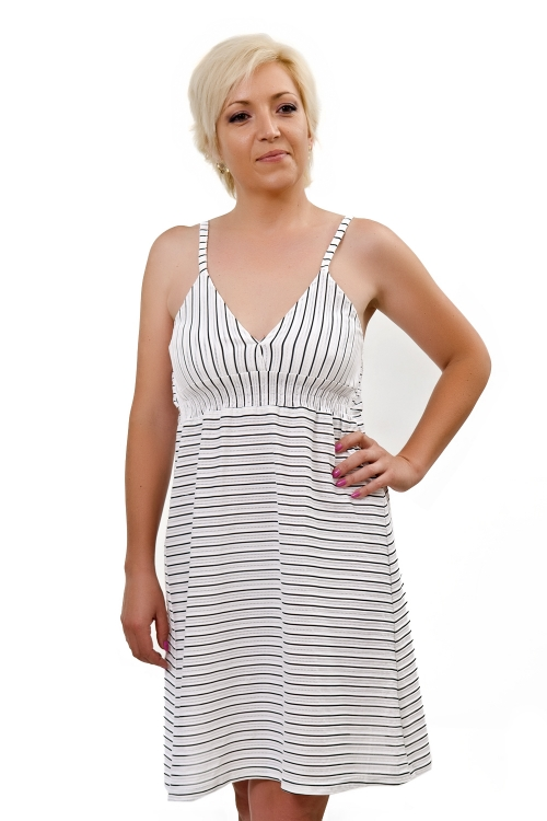 Къса рокля в рае - Деси