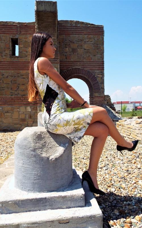 Къса елегантна рокля - Рая
