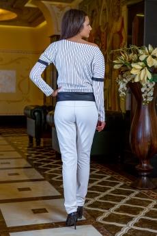 Дамска блуза с дълъг прилеп ръкав