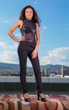 Дамски комплект от панталон и блуза в черно