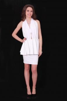 Дамски комплект от топ с гол гръб и права пола