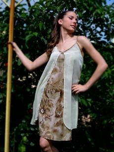 Къса рокля на два пласта - Съни