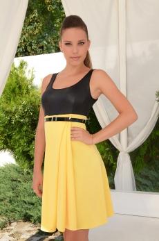 Къса рокля с цепка и колан - Анелия